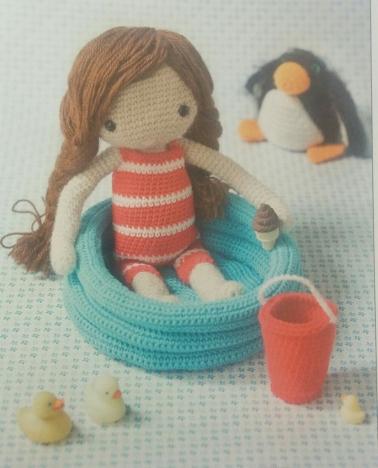 Amigurimis muñeca piscina y pingüino