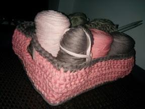 Cesta trapillo gris y rosa